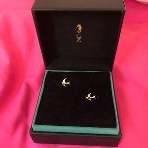 Meghan Markle Gold Bird (Swallow) Stud Earrings